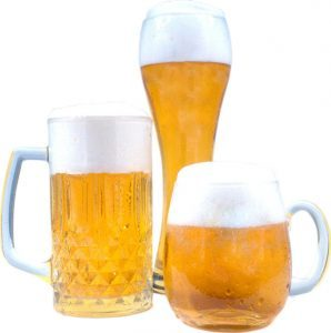 birra alla spina o in bottiglia bicchieri