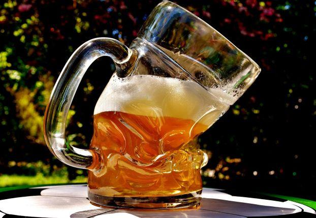 birra scade bicchiere