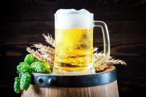 birra origini bicchiere