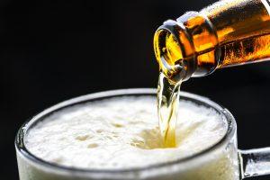 artigiano in fiera versare birra