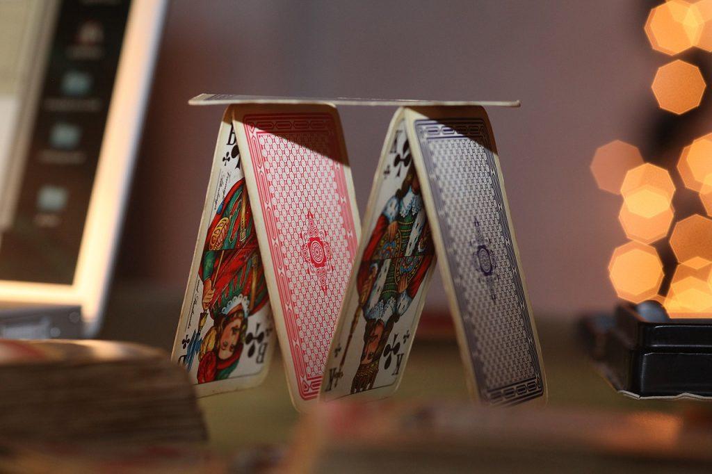 giochi alcolici con le carte da gioco